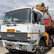 Iveco 240.36 tipper and crane