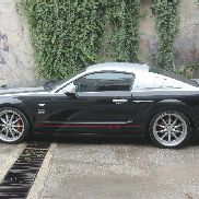 Ford Mustang 4.6 V8 GT voiture