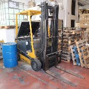Robustus forklift and Bassi Group battery charger