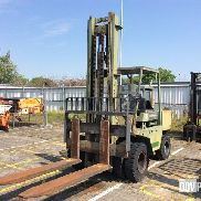 Still DFG 8/3318 Pneumatic Tire Forklift