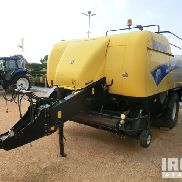 2010 New Holland BB9080 Square Baler