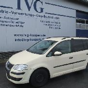 Cars VW Touran 1.9 TDI BlueMotion