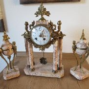 Antique French porcelain chimney clock