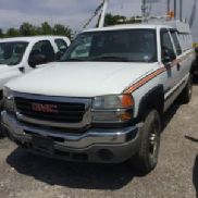 2006 GMC C2500HD Extended-Cab Pickup Truck (111498)