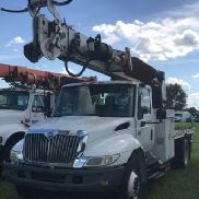 Altec Digger Derrick rear mounted on 2007 International 4300 Flatbed/Utility Truck (119571)