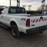 2001 Ford F250 4x4 Extended-Cab Pickup Truck (120093)
