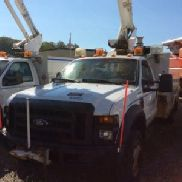 Altec Articulating & Telescopic Bucket Truck mounted behind cab on 2008 Ford F550 4x4 Service Truck (121588)