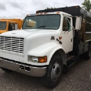 2001 International 4700 Chipper Dump Truck (123524)