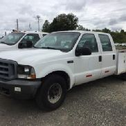 2004 Ford F350 Crew-Cab Service Truck (124016)