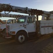 Altec Digger Derrick rear mounted on 1998 International 4900 Utility Truck (124385)