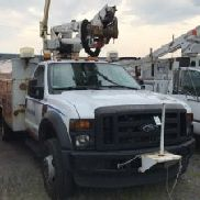 Altec Articulating & Telescopic Bucket Truck mounted behind cab on 2008 Ford F550 4x4 Service Truck (124729)