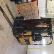 Caterpillar F30, 2650# Solid Tired Forklift (125691)