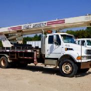 Terex Hydraulic Crane rear mounted on 2002 Sterling M8500 T/A Flatbed Truck (125742)