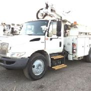 Altec Articulating & Telescopic Hybrid Bucket Truck mounted behind cab on 2009 International 4300 Service Truck (126067)