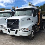 National Hydraulic Crane mounted behind cab on 2010 Volvo VHD T/A Flatbed/Utility Truck (127288)
