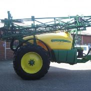 John Deere 732 trailer spray