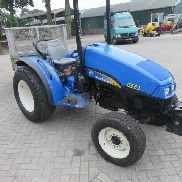 NEUES HOLLAND T3040