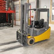 Three-wheel electric forklift Jungheinrich EFG 220 500 DZ