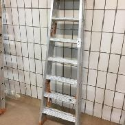 1 aluminum folding ladder