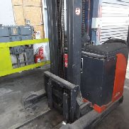 1 cross-linked forklift truck Linde R14