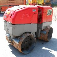 Padfoot articulated vibratory roller Wacker RT 82
