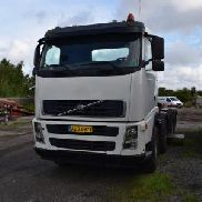 Volvo FH 13, 480 HP, Years. 2008, first reg. in 2011, 4 axles must have new coupling, servo hoist, steering t. The shift will change for approx. 1 year ago. 8 x 4 tandem gear, manual gear. AU73977. Defective gearbox due to mlg. on oil. No. plates not included Auction 499 # 0002