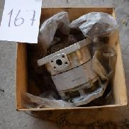 Hydraulic pump for Komatsu rubber WA320 Auction 499 # 0167