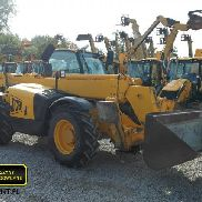 JCB 533-105 Charger telescopes