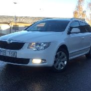 Skoda Superb 2.0 TDI Kombi Ambition (Aut, 140hk) -13