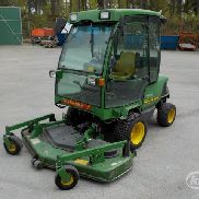 John Deere 1445 Front mower with cab, 183 cm mower deck + V-plow - 99
