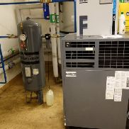 Atlas Copco GA10 screw compressor incl. Cooling dryer, tank and fog lubricant