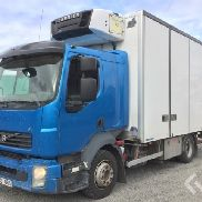 Volvo FL240 4x2 Box (chillers + tail lift) - 08