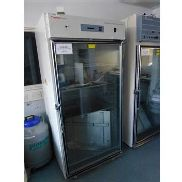 Therma Forma 3591 Reach in CO2 incubator, internal dimensions, 800mm x 650mm x 1600mm with 4