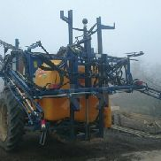 Tractor-mounted sprayer: Caruelle CZ 10 (Ref. 700)