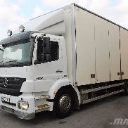 MERCEDES-BENZ 1824 L/NR closed box truck