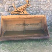 HYDRAULIC Tilting Bucket for excavator from 20 to 25 Tons - Vera digger bucket for sale by auction