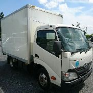 TOYOTA Dyna closed box truck