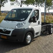 PEUGEOT Boxer 435 HDI 180 AC Fahrgestell LKW