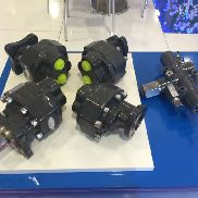 New Shesterenchatyy nasos na 82l hydraulic pump for tractor unit