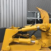CATERPILLAR D8N D8R D8T SS-Ripper with Pin Puller ripper