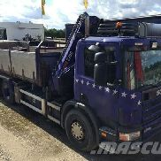 SCANIA P124GB6X2A flatbed truck