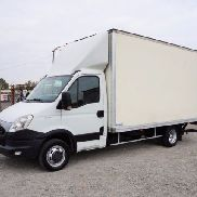 IVECO Daily 35C13 KOFFER 8 PAL / LBW / tempomat closed box truck