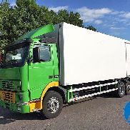 VOLVO FH 420 refrigerated truck