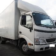 TOYOTA DYNA 150 closed box truck