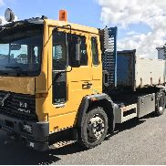VOLVO FL 612 dump truck for sale by auction