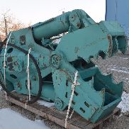MONTABERT MB5 hydraulic shears
