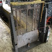 THE Braun Corporation Serie 06 tail lift for sale by auction