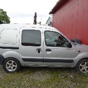RENAULT Kangoo Express delebil closed box truck