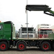 VOLVO FH 480 OPEN BOX WITH PK 33002 EH CRANE platform truck