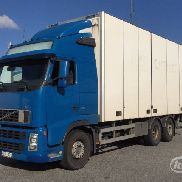 VOLVO FH480 Box (side doors + tail lift) - 09 closed box truck for sale by auction